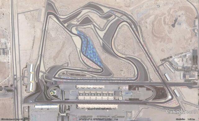 Datei:Bahrain International Circuit Earth.jpg
