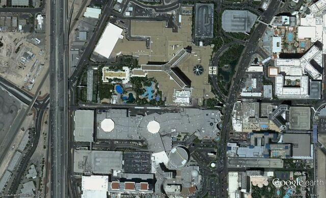 Datei:Caesars Palace Grand Prix Circuit Earth.jpg