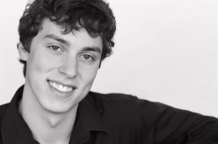 john francis daley height weight