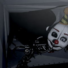 Ennard closer to the player in CAM 05.
