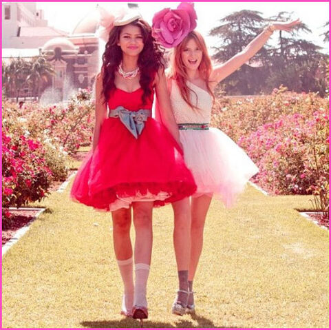 File:Bella-thorne-zendaya-coleman-fashion-is-my-kryptonite3-1.jpg