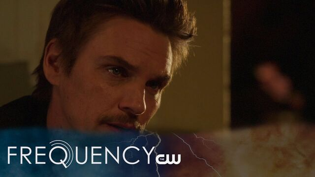File:Frequency S1 E8.jpg