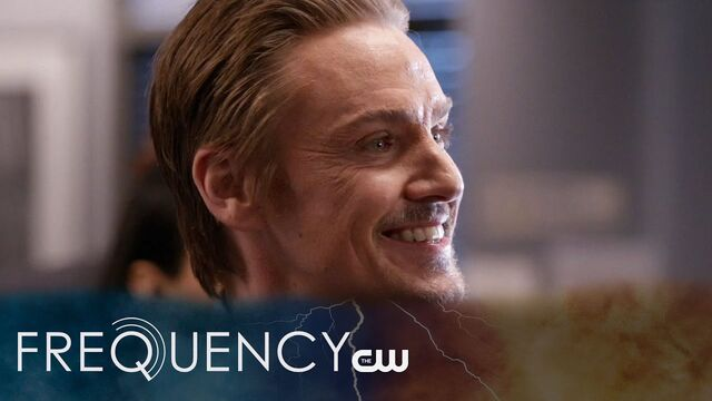 File:Frequency S1 E6.jpg