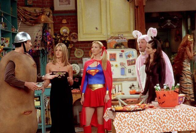 File:HalloweenParty.jpg