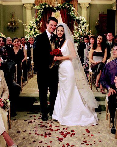 File:Chandler&MonicaWeddingPose.jpg