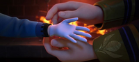 Young Elsa's gloves