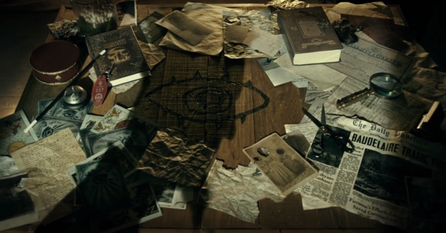Fichier:LemonySnicket Poll Background.png