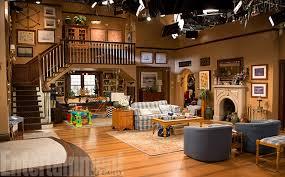 File:Fuller house living room.jpg