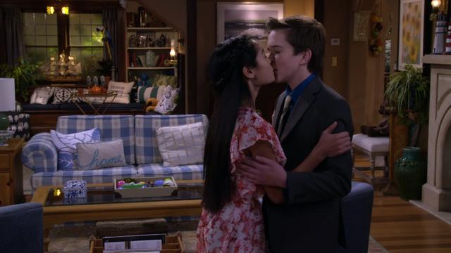 File:Fuller House S01E13 Screenshot 009.png