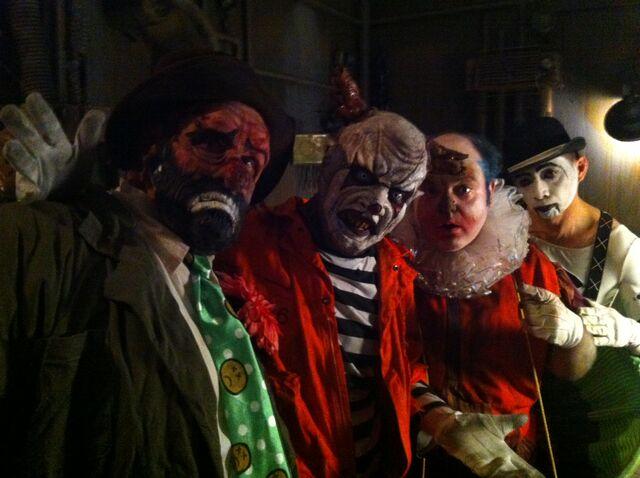File:Klowns.JPG