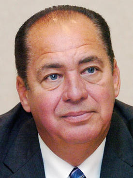 File:Earlraytomblin.jpg