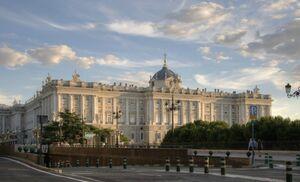 European-Palaces-The-Palacio-Real-in-Madrid-Spain-700x424