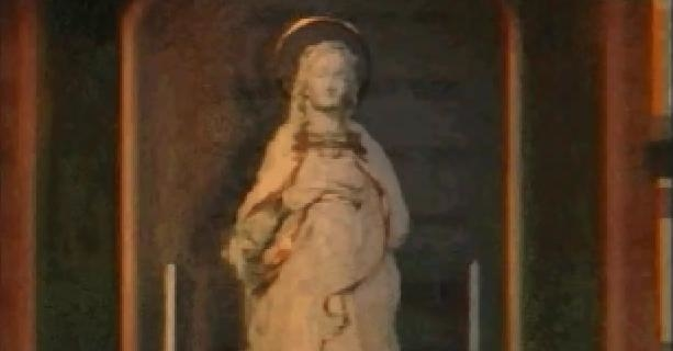 File:Statue.jpg