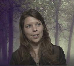 Caroline Dries profile