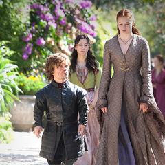 Tyrion, Sansa i Shae w odcinku <a href=