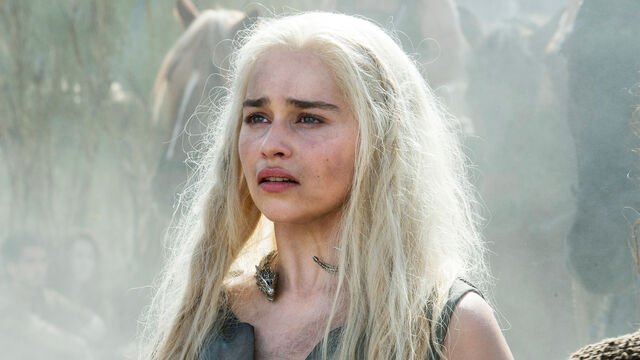 File:Daenerys-ep-3.jpg