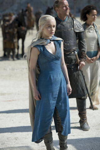 File:Daenerys costume Siege of Meereen.jpg