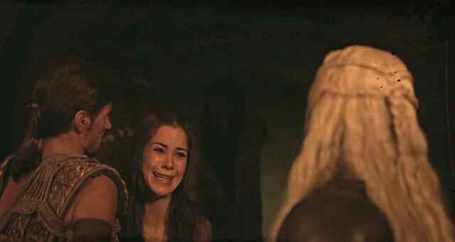 File:Doreah begs daenerys.jpg
