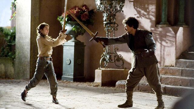 File:Arya Stark and Syrio Forel 1x03.jpg