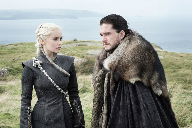 File:Jon and Dany Eastwatch.jpg