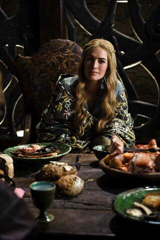 File:Cersei 1x02.jpg