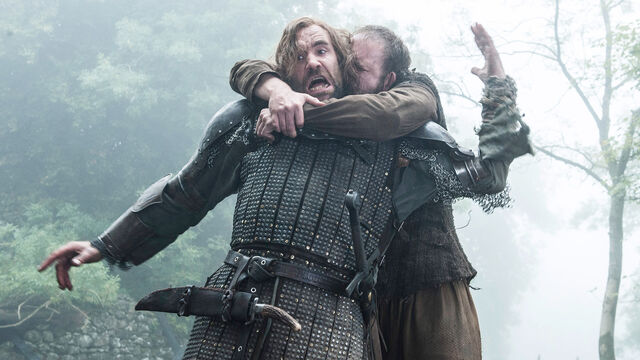 File:Biter and Sandor Clegane 4x07.jpg