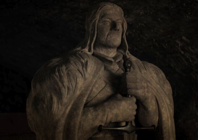 File:702-Eddard's-statue-in-the-crypt.jpg