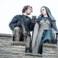 Sansa and Theon escape Winterfell.