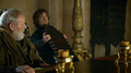 Game-of-thrones-3.03-walk-of-punishment-chairs.png