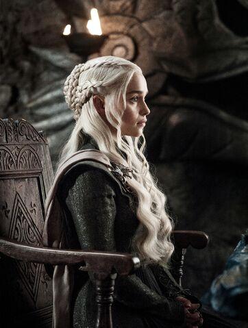 File:705 Daenerys Painted Table.jpg