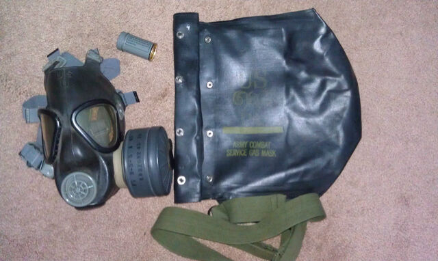 File:M5-11-7 Army Assault Gas Mask (1).jpg