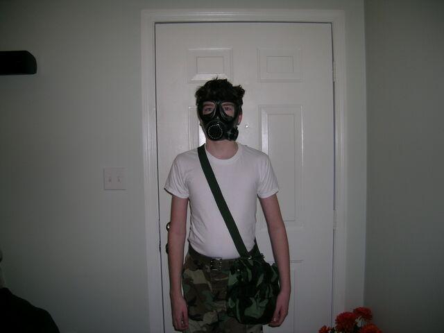 File:Chinese gas mask 3.JPG