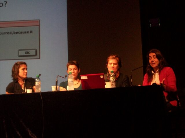 File:WikiGenero, panel discussion.jpeg