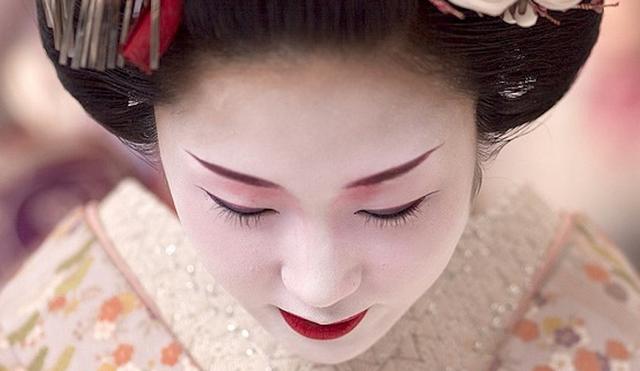 File:Wikia-Visualization-Main,geishaworld.png