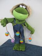 GEMMY EASTER SPRING FROG GREETER LARGE ANIMATED TALKS 2.5'' FEET TALL