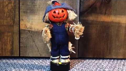 Rare Gemmy mini scarecrow motionette