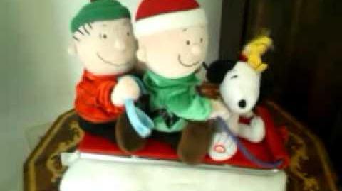 Animated singing sledding peanuts characters (Gemmy 2006)