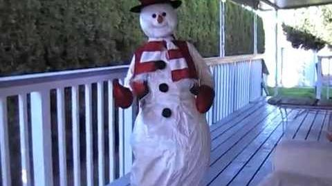 Life Size Animated Gemmy Singing Dancing Snowman