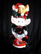 Gemmy Christmas Caroling Wobbling 3 Mice Soft Sculpture Plush 2 Songs
