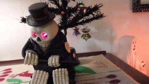 "Halloween Gemmy Skeleton Sings ""Puttin' on the Ritz"" by Irving Berlin Prop"