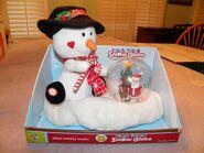 2008 Gemmy Plush Friend Snow Globe Plays Holiday Music ''Let It Snow'' Snowman