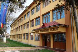 Liceul Tehnologic Ticleni.jpg