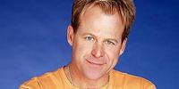 Scott Baldwin (Kin Shriner)