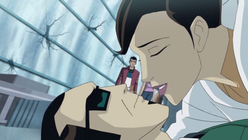 File:Six and Holiday kiss.png