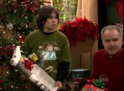 Ep 4x10 - Max when he opens up his gift