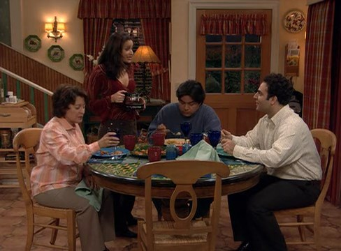 File:Ep 2x18 - Hosni has dinner with the Lopezes.jpg