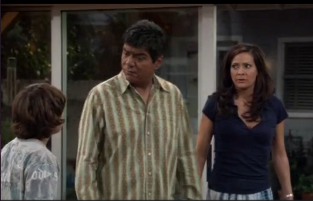 File:Ep 5x19 - George and Angie distrust Max's web surfing.png