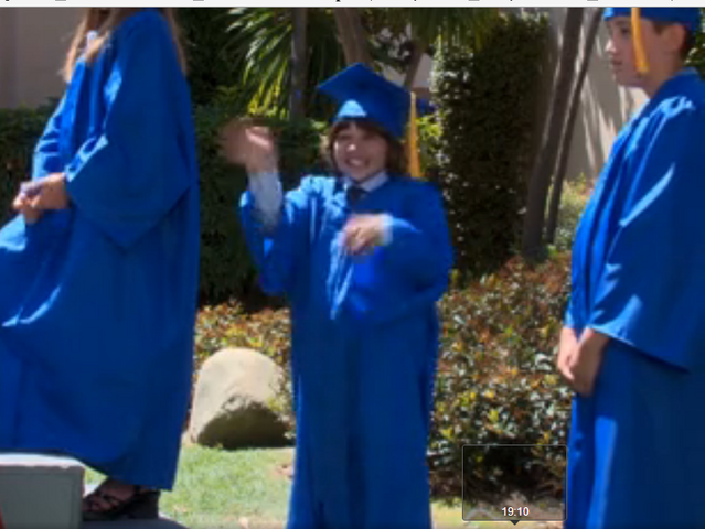 File:Ep 3x28 - Max's 6th grade commencement.png
