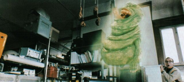 File:GhostbustersIILouisSetsATrap01.jpg
