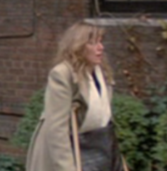 File:YoungWomanonCrutches.png